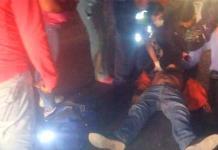 Hombre en motocicleta derrapa y resulta lesionado
