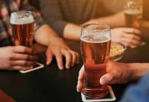 Acusan a 24 empleados de cervecera de robar 1.7 millones de euros en bebidas