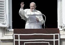 Vaticano amplía investigaciones sobre denuncias de abusos sexuales