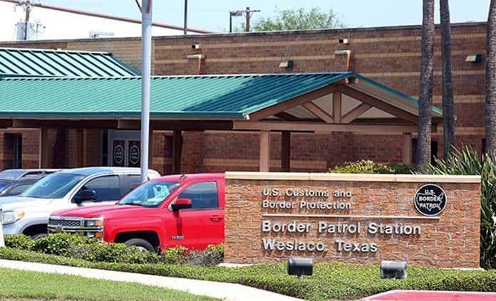 EEUU: Niños detenidos en frontera estarían expuestos a COVID