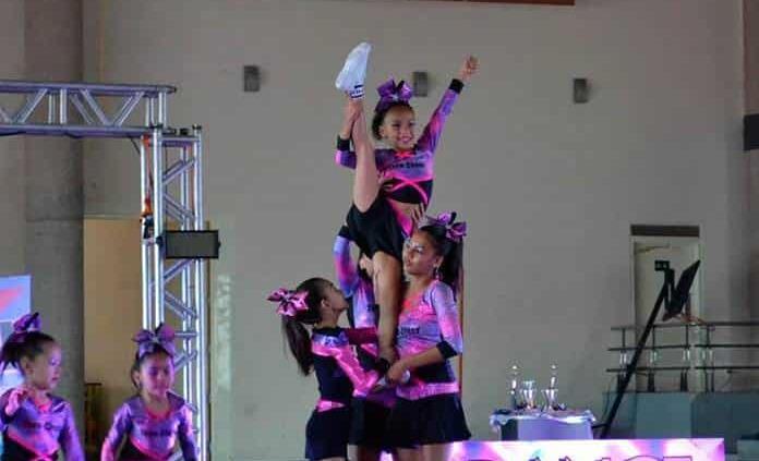 Premia Club Estrella a sus destacadas gimnastas
