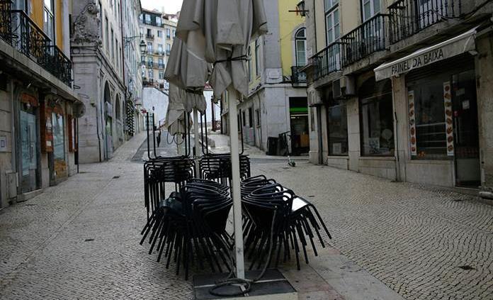 Más restricciones en Portugal por el alza preocupante de casos de covid