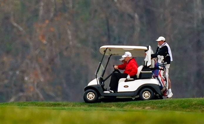 Trump cambia la cumbre del G20 por el golf, tras una fugaz aparición en el foro