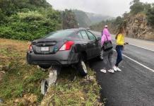 Turistas sufren accidente en la autopista Valles-Rayón