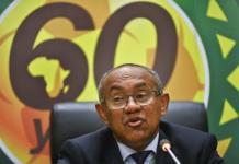 FIFA veta por 5 años a presidente de Confederación Africana