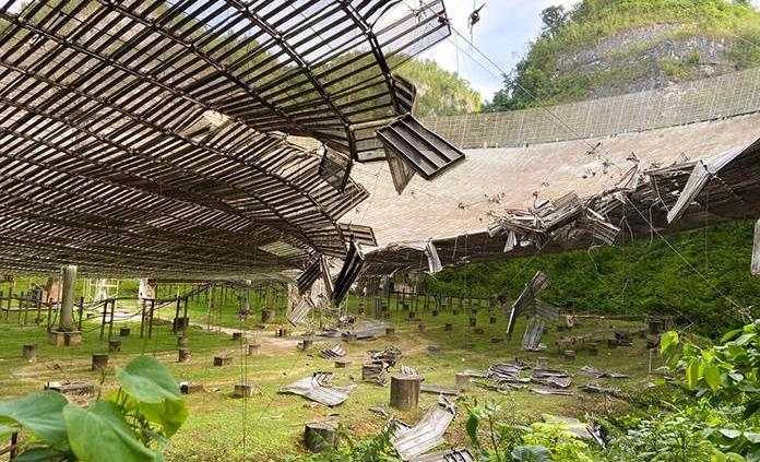 La caída de un grande: colapsó el Observatorio de Arecibo
