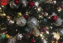 Guía para rebatir las teorías conspirativas en las cenas navideñas