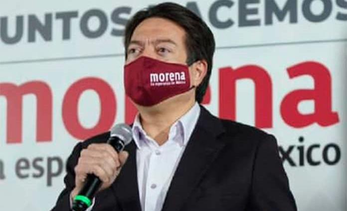 """VIDEO: Abrazar al PAN-PRI-PRD fue muy mala inversión"""", dice Mario Delgado a Claudio X y De Hoyos"""