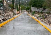 Pavimentan avenida; paisanos apoyan
