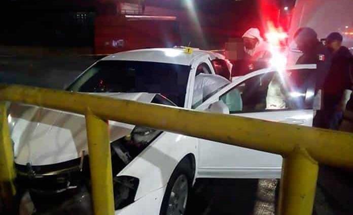 Ejecutan a conductor dentro de su auto