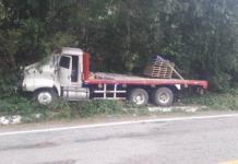 Se accidenta el chofer de un camión materialista