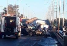 Dos lesionados en aparatoso choque en Periférico Oriente