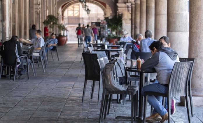 Alcalde sugiere a gobierno de CDMX reapertura de restaurantes