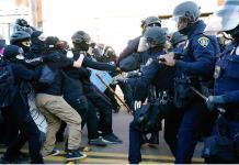 Más empresas suspenden donaciones a republicanos tras el asalto al Capitolio