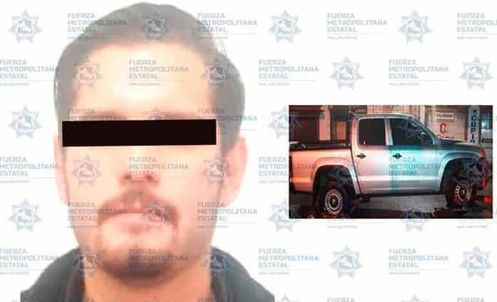 Conductor es arrestado por dañar una patrulla