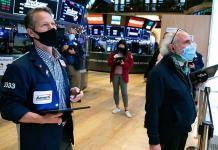 Marcan la BMV y Wall Street jornada en rojo