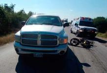 Motociclista resulta con lesiones graves en accidente