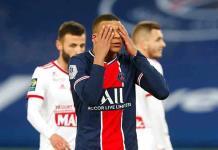 Clubes franceses negocian reducción de sueldo de futbolistas