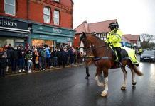 La Policía británica aumentará las sanciones por romper el confinamiento