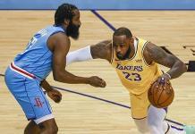 Los Lakers vuelven a despedazar a Rockets