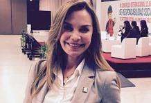 Gabriela Goldsmith se registra como precandidata para diputación federal
