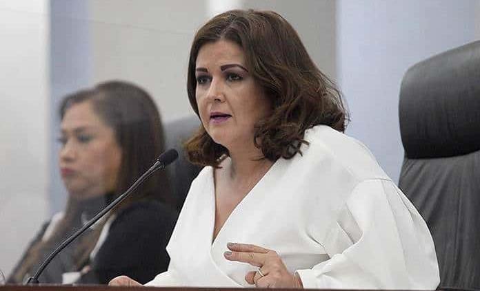 """""""Una pena"""", dice diputada de secretario de Seguridad"""