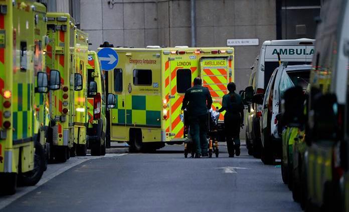 El Reino Unido registra 1,564 muertos por covid en un día, su máxima cifra en la pandemia