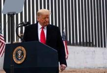 Trump se queda sin apoyo empresarial y pone en peligro el futuro de su marca