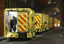 Gran Bretaña podría usar hoteles para vaciar camas de hospitales