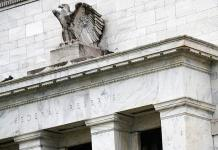 La Fed observa un crecimiento económico moderado y caída del optimismo en EEUU