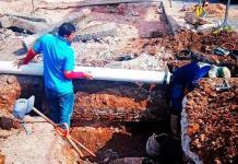 Filtración redujo caudal de agua en avenida Universidad