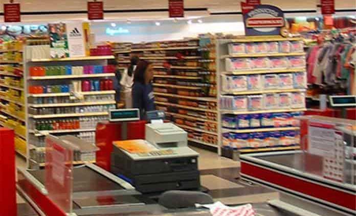 Tiendas de autoservicio y departamentales insisten en obtener permisos para vender vacuna Covid