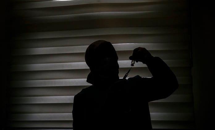 Crimen organizado hace negocio en México con vacuna apócrifa de covid-19