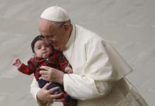 El Vaticano confirma que el papa Francisco se vacunó contra el coronavirus