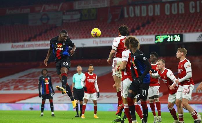 Frenazo en la escalada del Arsenal en la Premier League