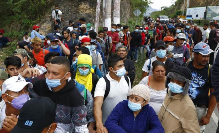 Caravana busca eludir controles y viajar hoy a Tabasco y Chiapas