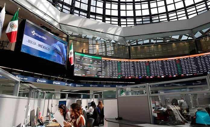 Tras caos por Evergrande, la Bolsa Mexicana rebota 0.5%