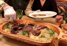 La carne de equino, un manjar sobre la mesa kazaja