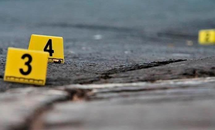 Investiga la FGE dos homicidios en negocios de la 57