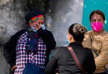 Participación laboral femenina retrocedió una década en América Latina por pandemia