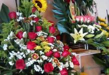 Caen ventas en florerías durante el Día del Amor
