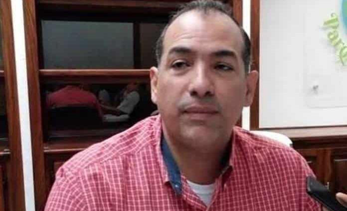 Renuncia Marco Antonio Guillén a la DAPAS