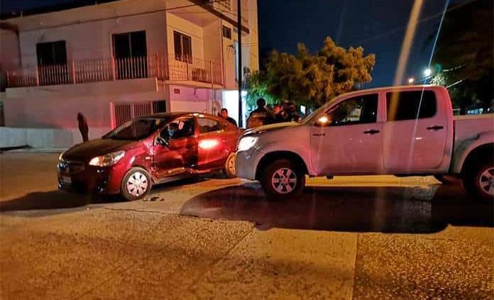Accidente vial deja sólo daños materiales
