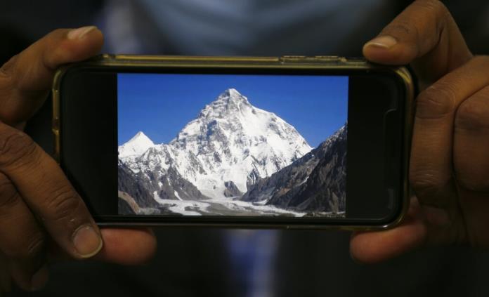 Dan por muerto al escalador chileno Juan Pablo Mohr en el K2