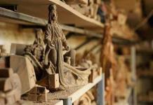 Talladores de olivo de Tierra Santa intentan resistir sin peregrinos