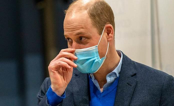 El duque de Edimburgo está OK, dice el príncipe Guillermo