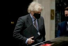 Johnson cesa al ministro de Exteriores y lo coloca al frente de Justicia