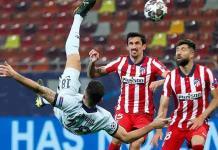 Chelsea doma al Atlético de Madrid con chilena de Giroud