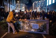 Estalla furia reprimida entre los españoles