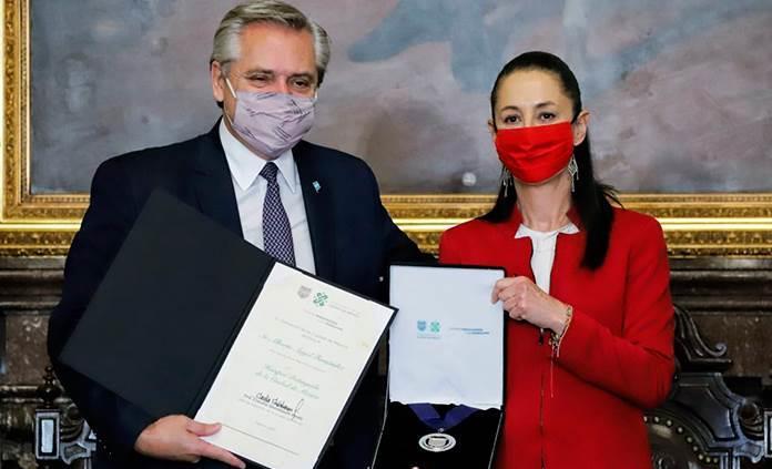 Sheinbaum reconoce como huésped distinguido a presidente de Argentina